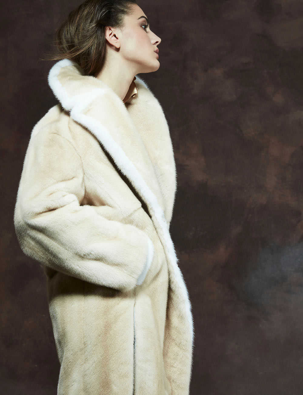 Mink fur coat palomino with white mink profile